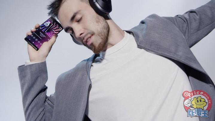 Xperia XZ3擁有來自Sony 集團創新技術,涵蓋電視科技、影像、音效、遊戲等創新科技,再次挑戰手機沉浸式娛樂體驗!(2).jpg