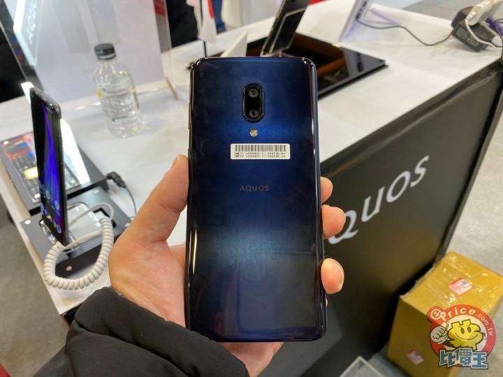 SHARP 未發表 AQUOS Zero 2、5G 原型手機 台北資訊月會場亮相