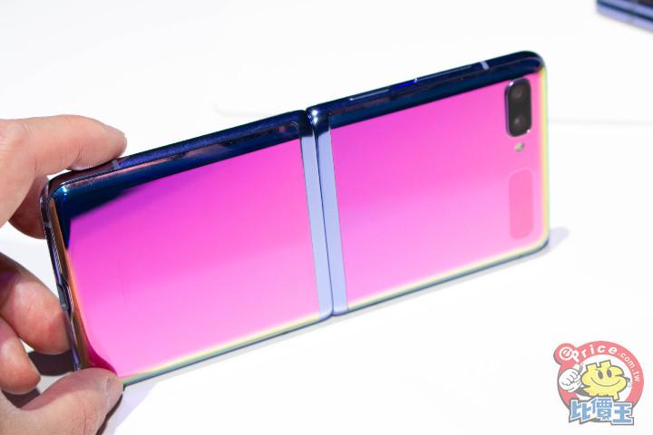 三星傳推 5G 版 Galaxy Z Flip 摺機,處理器改採 S865 - 1