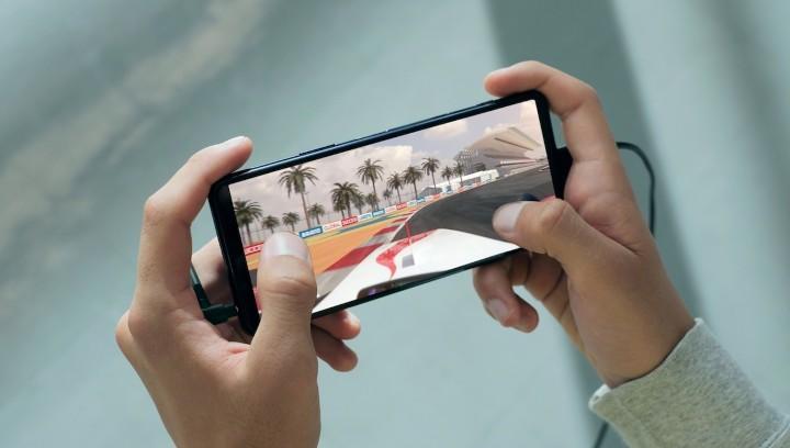 圖說五、Xperia 5 II帶來全新120Hz螢幕更新率、240Hz觸控掃描頻率,讓遊戲操作更準確、更迅速.jpg