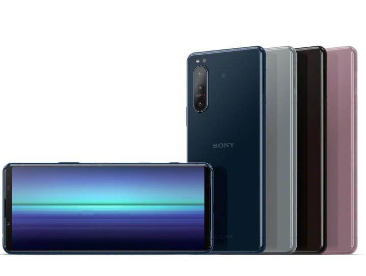 圖說六、Xperia 5 II絕美外型精巧合手,推出黑、灰、藍、粉四色選擇,預計於2020年10月在台上市(1).jpg