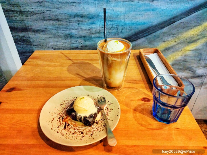 【9 月手機攝影得獎公告】十張美照吃甜甜,跟夏天掰掰 - 9